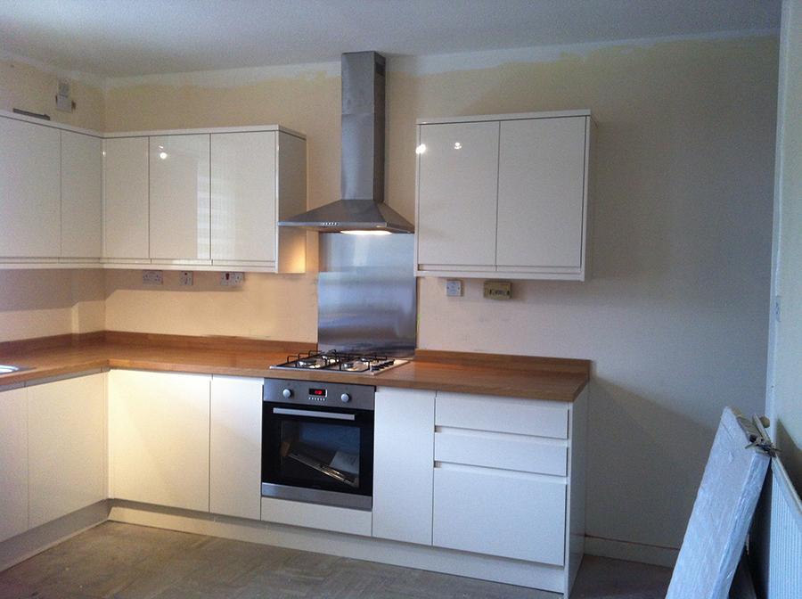 Ese Heywood Manchester Lp Kitchen Installations