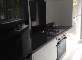 Lucent Hi Gloss White - Grey Sparkle Worktops